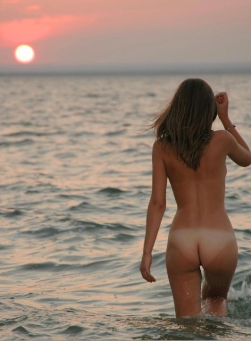 Very beautiful summer sunrise over the sea