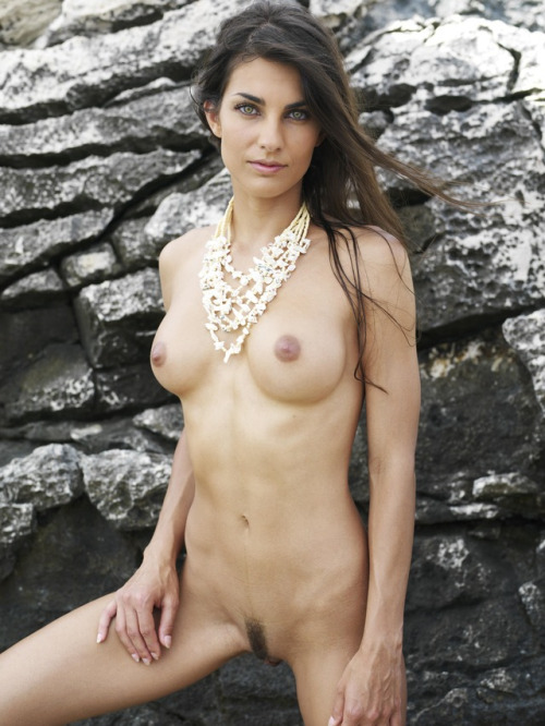Photo of nude brunette girl