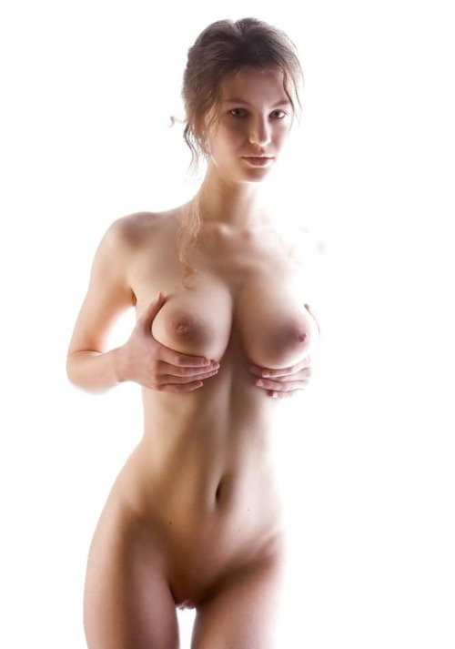 Slim girl shows boobs