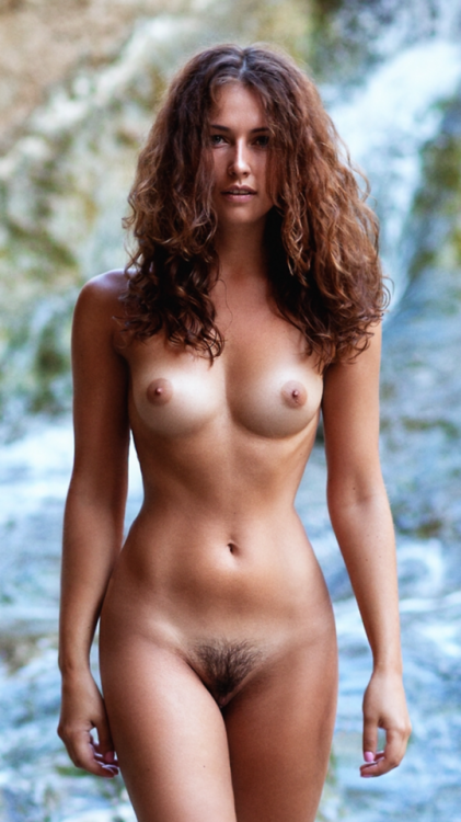 naked redhead bitch with cool body