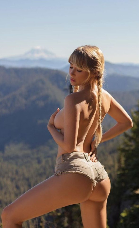inspecting her ass on a high mountain