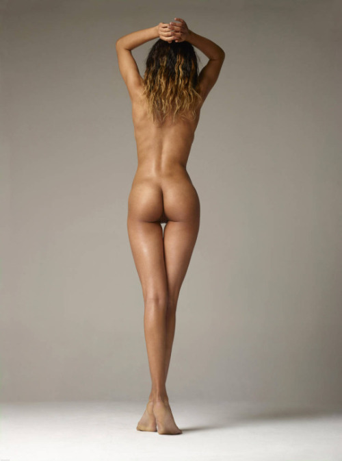 What could be better than slender naked and tanned body of a young girl?